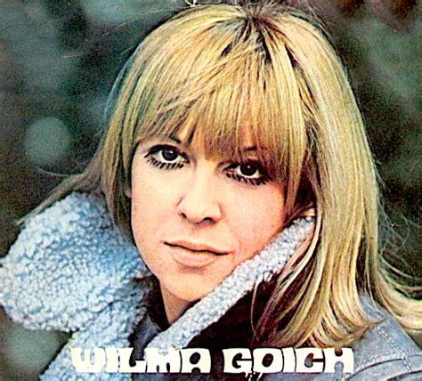 wilma goich in un fiore wilma goich cantante anni 60 eccola qui 50 anni dopo