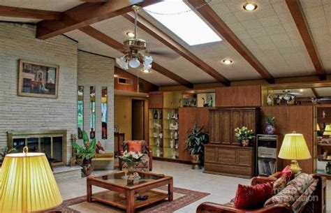 time capsule homes impeccable 1972 time capsule house in san antonio 33