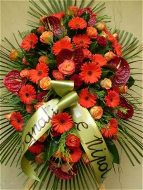cuscini funebri composizioni funebri gipsy fiori fiori alessandria