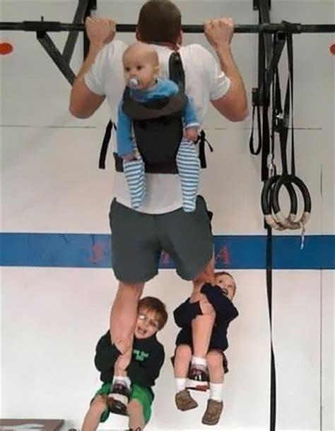 imagenes chistosas haciendo ejercicio 25 padres que est 225 n haciendo genial la infancia de sus hijos