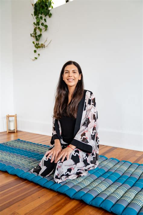 yoga reiki teacher massage therapist st petersburg tampa