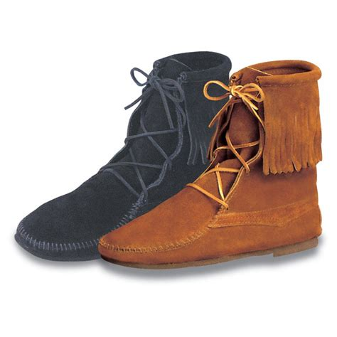 moccasin boots for minnetonka mens trer ankle hi moccasin boots mens