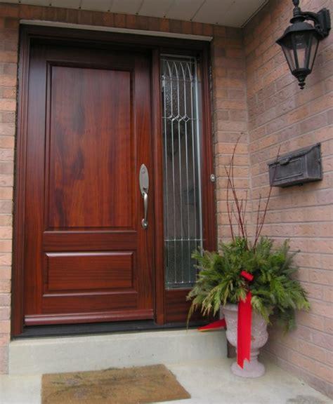 ingresso ville portoni in legno roma