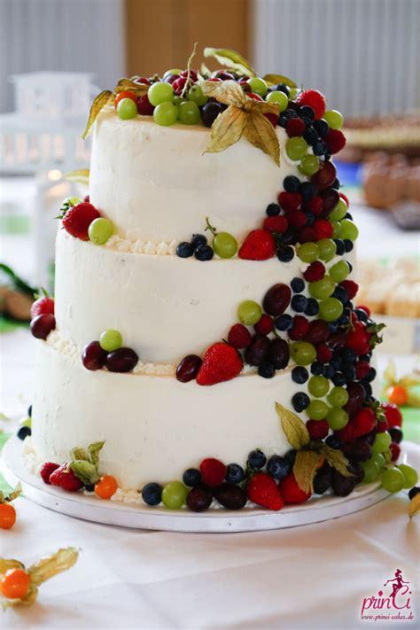 hochzeitstorte mit hochzeitstorte mit fr 252 chten princi cakes