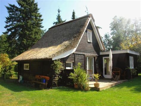 Haus Kaufen 10000 by 688 Ferienhaus Unter Reet Am Ostseestrand Heidkate