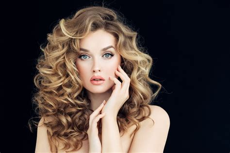 ways to wear permed hair blonde curly hair 16 bold and beautiful ways to wear the look