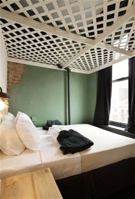 the bowery house shared bathroom picture of the bowery house new york city tripadvisor