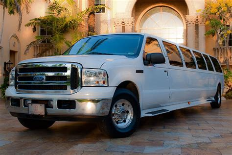 Limo Cost by Limo Prices How Much Does A Limo Cost To Rent