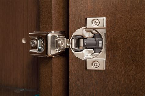kitchen cabinet hinges self closing how to adjust self closing kitchen cabinet hinges