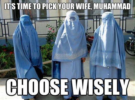 Funny Muslim Memes - bikini muslim women memes