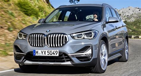 Bmw X1 2020 Hybrid by 2020 Bmw X1 Debuts With New Looks And A In Hybrid