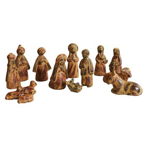 ceramica cruz blanca collection small ceramic nativity