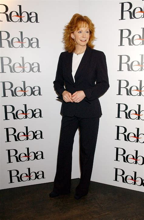 reba mcintire clothes reba mcentire 2004 11 04 reba mcentire introduces new 2005 reba clothing