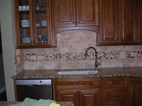 travertine tile kitchen backsplash travertine tile backsplash heres mine its tumbled