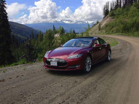 Tesla Model S Canada Image 2013 Tesla Model S On Chilcotin Highway Canada