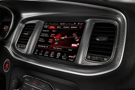 what is u connect dodge fca uconnect review chrysler infotainment system