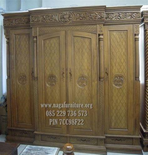 Lemari Pakaian Pintu 3 Sleding Motif Bunga Kayu Jati jual lemari pakaian kayu jati asli khas ukiran jepara