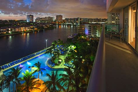 hollywood beach hotels fl doubletree resort by hilton hollywood beach hotel opens in