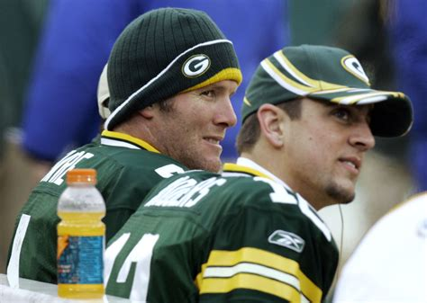 brett favre bench press packers aaron rodgers looking forward to watching brett