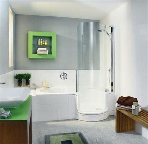 kleine badewanne mit dusche kleine b 228 der mit dusche und badewanne