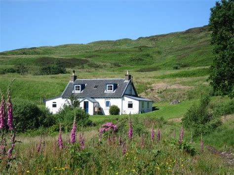 Cottages In The Scottish Highlands by Hotel R Best Hotel Deal Site