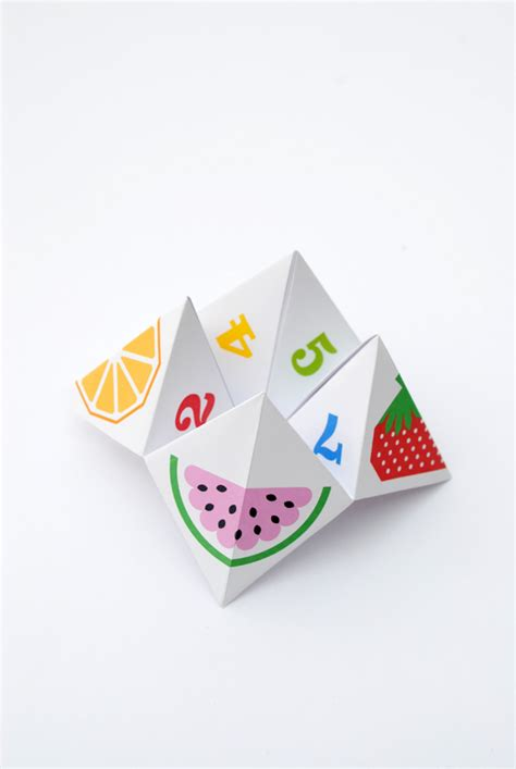 How To Make A Chatterbox Out Of Paper - origami fortune teller aka chatterbox minieco