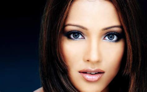 beautiful women faces beautiful faces wallpapers wallpaper cave