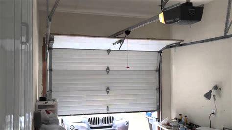 lift master garage door opener garage door opener chamberlain liftmaster 2000sdr doovi