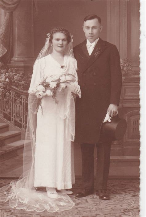 Formal Wedding Portraits by 17 Best Images About Vintage Wedding Photos On