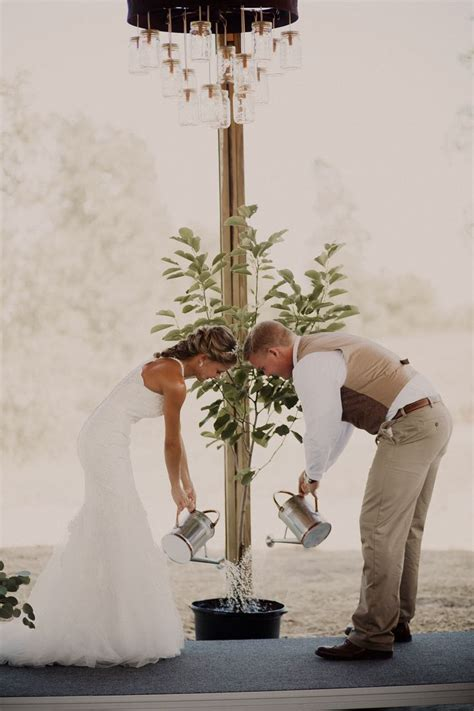 Wedding Ceremony Meaning 25 Best Ideas About Unity Candle On Wedding