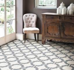 Lino Floor Covering Best 25 Linoleum Flooring Ideas On Vinyl Flooring Installation Peel Stick