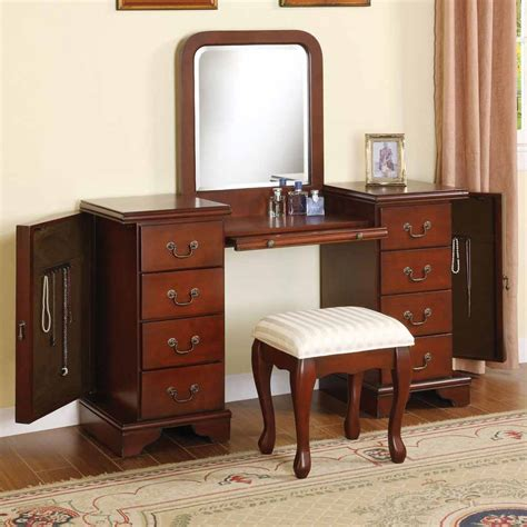Bedroom Vanity With Jewelry Storage by 3 Pc Louis Phillipe Vanity Makeup Set W Jewelry Storage