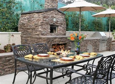 custom outdoor kitchens and kitchen islands - Fogazzo Outdoor Kitchens