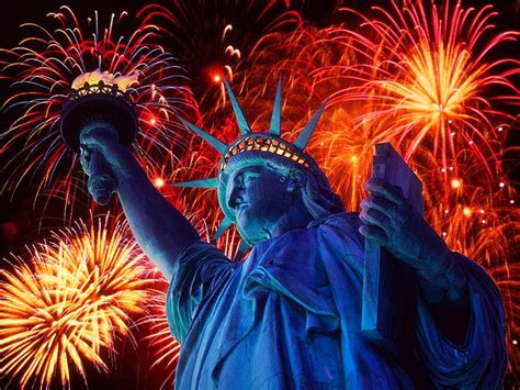 new year statue world visits statue of liberty firework new year