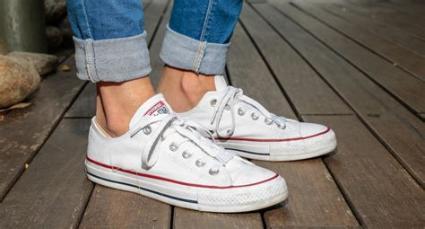 Sepatu Converse Denim Low how to wear converse sneakers 35 to copy