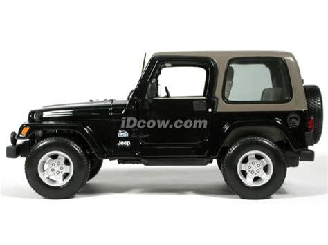 jeep models 2004 2004 jeep wrangler sahara diecast model car 1 18 scale die