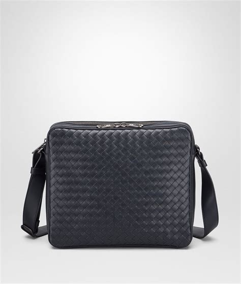 Pouch Bottega Veneta Document Intrecciato Vn Small Hitam So7462 bottega veneta 174 messenger bag in light tourmaline intrecciato vn