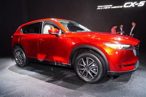 mazda diesel 2017 mazda cx 5 debuts with look promised diesel
