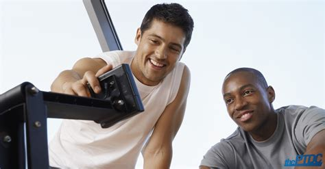 10 Tips For Choosing The Right Personal Trainer by 10 Things To Consider When Choosing To Hire The Best