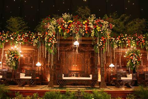 Tempat Cincin Pelaminan dekorasi pernikahan contoh pelaminan jawa
