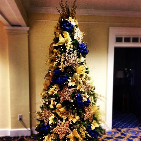 navy blue cheistmas dcorations 138 best images about on trees easy decorations and trees
