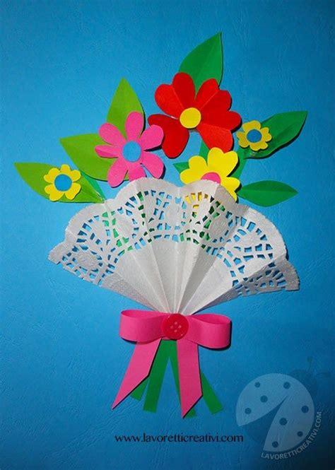 biglietti con fiori fiori di carta per la festa della mamma lavoretti creativi