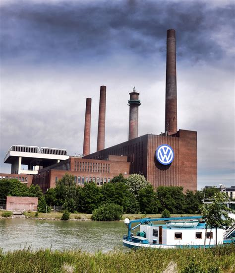 volkswagen germany factory volkswagen factory wolfsburg germany vw is europe