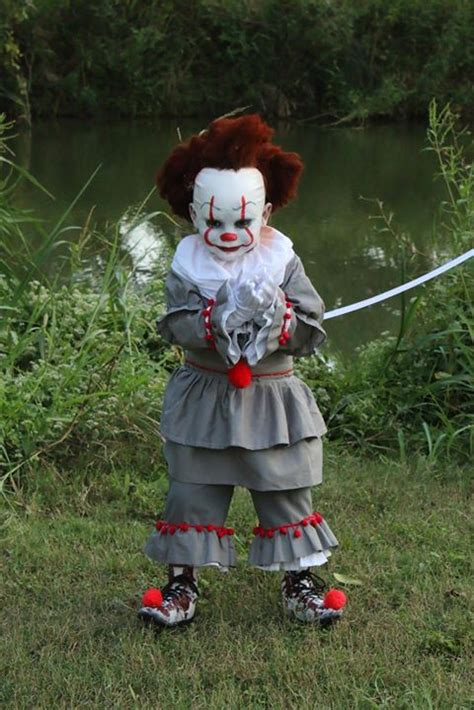 sa  year olds pennywise costume  winning hearts