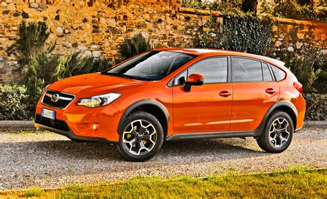 subaru trek 2013 subaru xv crosstrek drive review car and driver