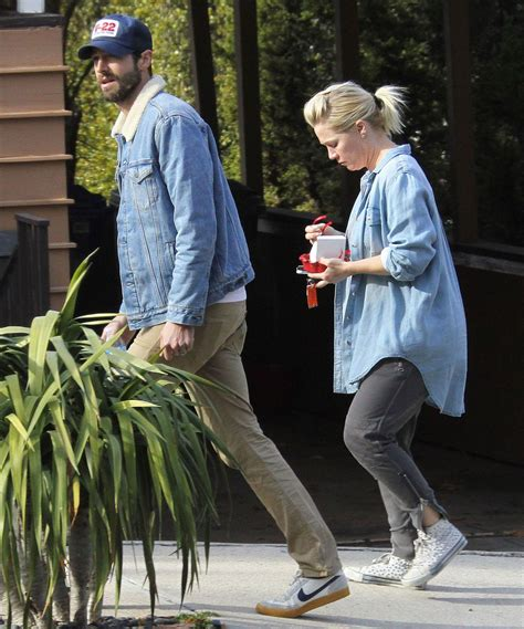 david abrams jennie garth kendall jenner is pregnant with scott disick s baby