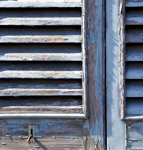Verniciare Infissi Legno come verniciare finestre e infissi in legno prodotti e