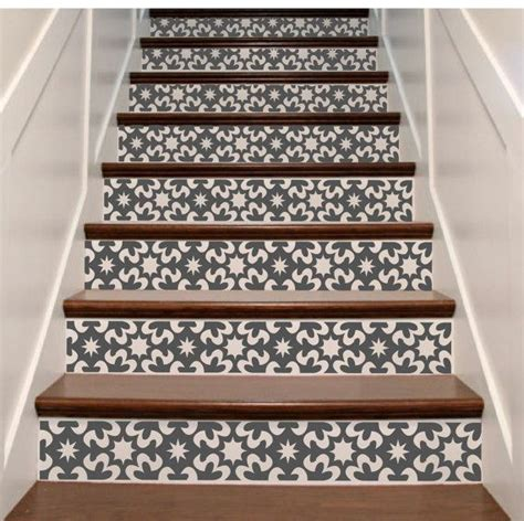 Stair Riser Decor by Best 25 Stair Risers Ideas On Painted Stair