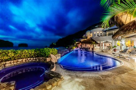 san sebastian br vacation villas  mexico