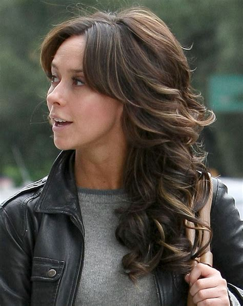 what color hair does ghost whisperer have jennifer love hewitt out getting her hair done in studio